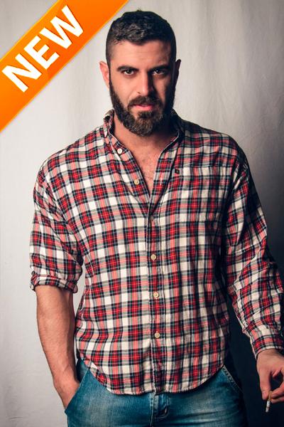 Antony Cortinovis - Mr.Gay Italia, la tiene grande